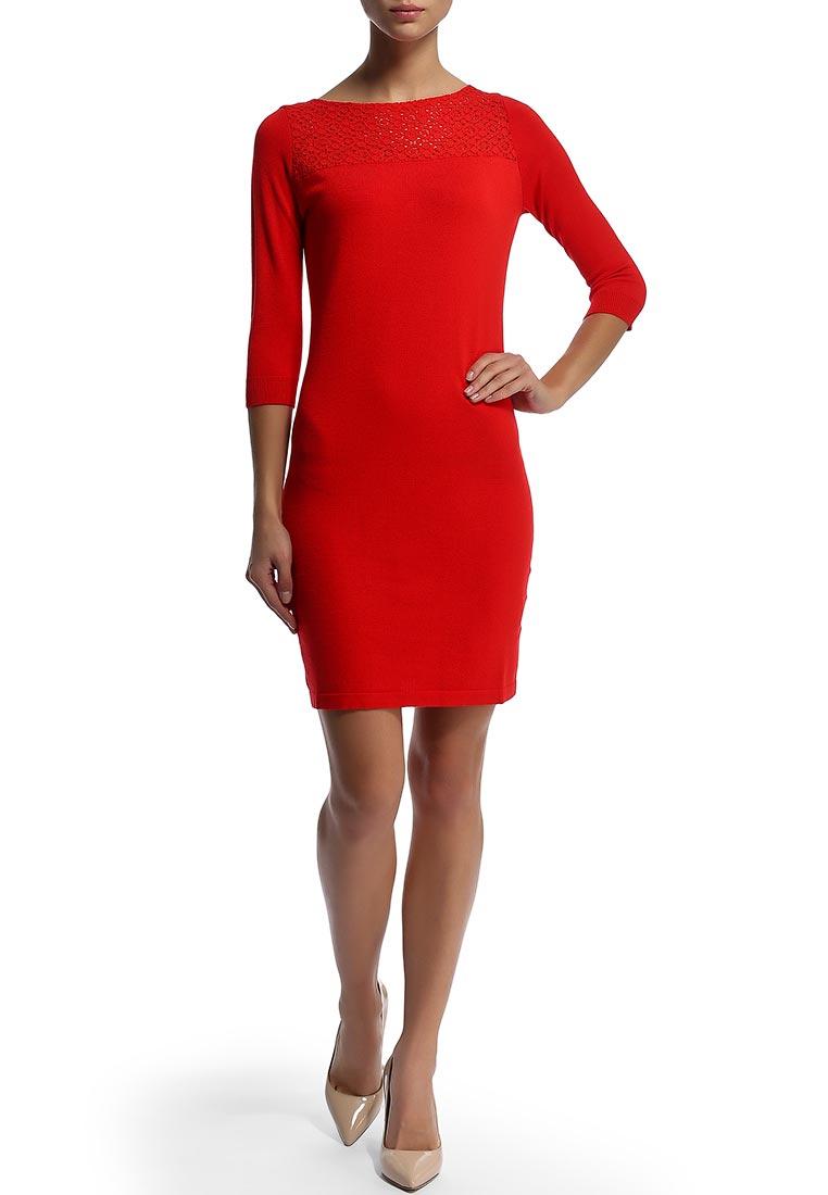 Фото красное трикотажное платье