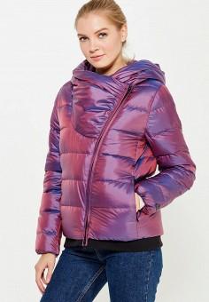 Пуховик, Nike, цвет: фиолетовый. Артикул: NI464EWUGT77. Женская одежда / Верхняя одежда / Пуховики и зимние куртки